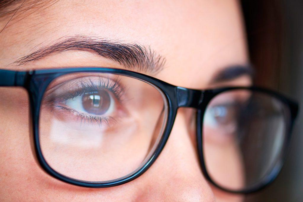 alege ochelari pentru vedere)